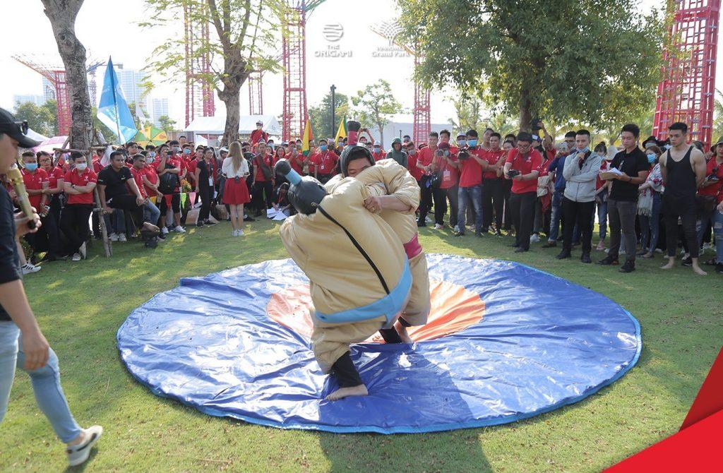 Đấu vật tại lễ hội Vinhomes Grand Park