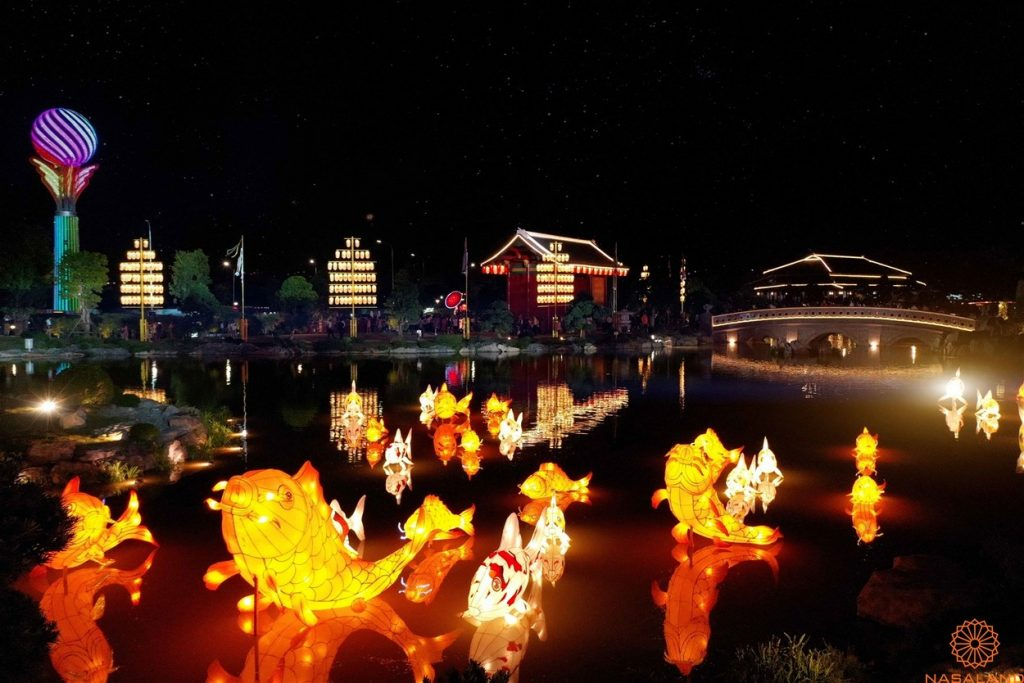 Khu đèn lòng vườn Nhật Bản