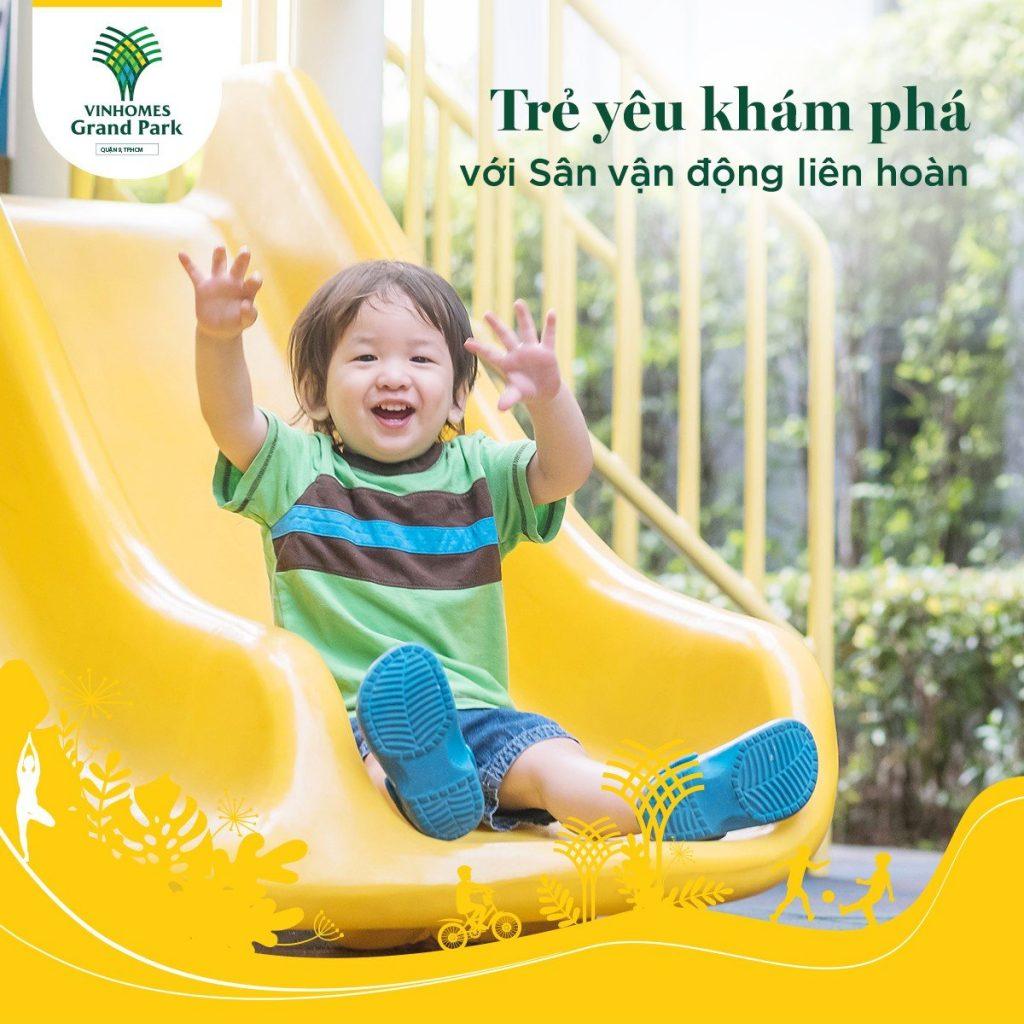 Rèn luyện sức khỏe cho bé tại công viên Vinhomes grand Park.